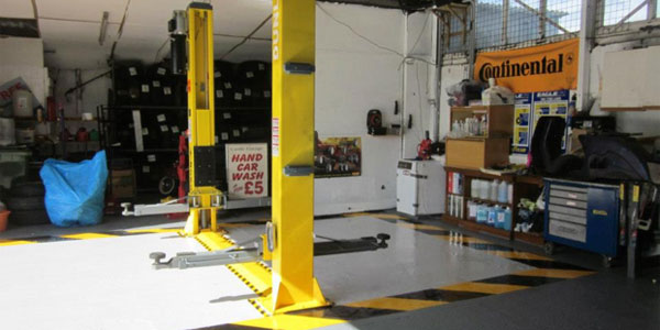 Car workshop in Wrexham